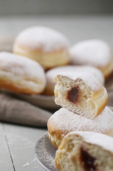 Hausgemachte leckere donuts zum nachtisch