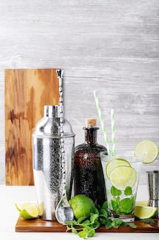Hausgemachte mojito-cocktail