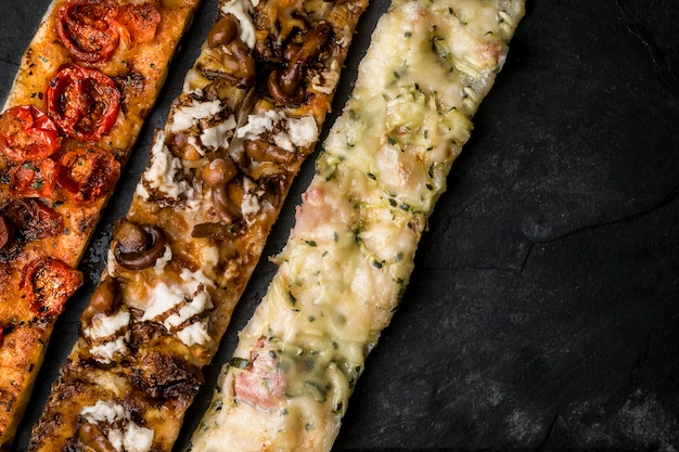 Hausgemachte pizzas