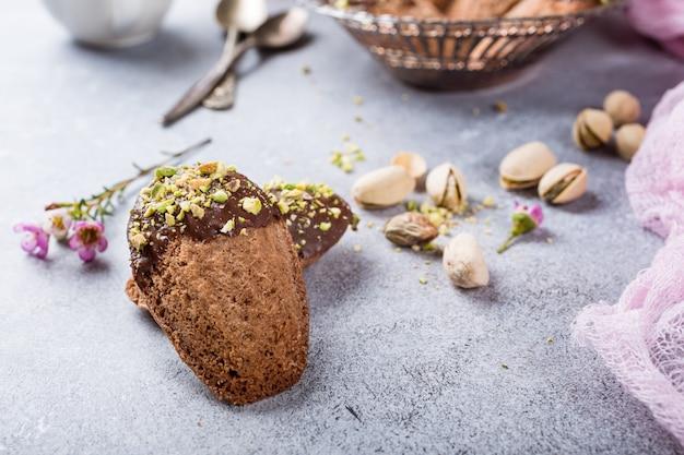 Hausgemachte schokoladenkekse madeleine