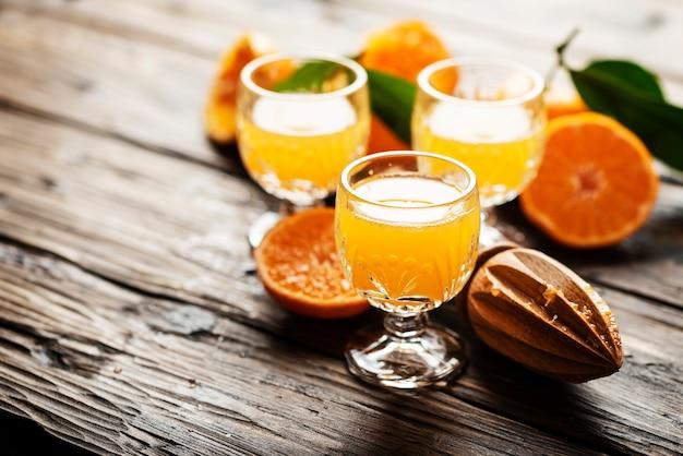 Hausgemachter mandarinensaft