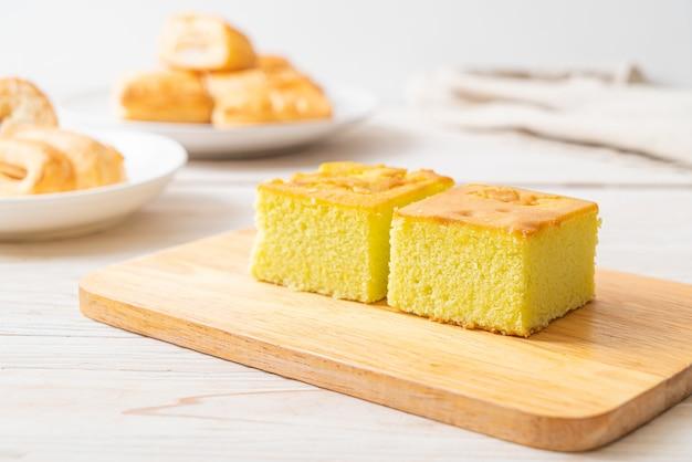 Hausgemachter pandan-kuchen