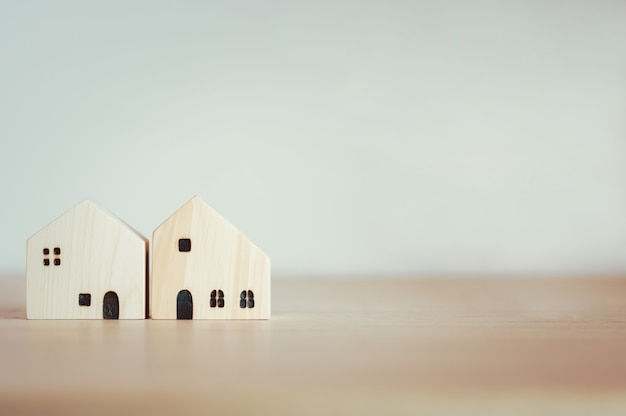 Hausmodell für wohnungsbaudarlehen, finanzen oder hauskonstruktionskonzept
