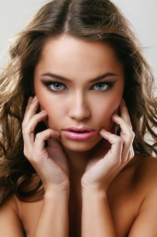 Hautpflege und make-up