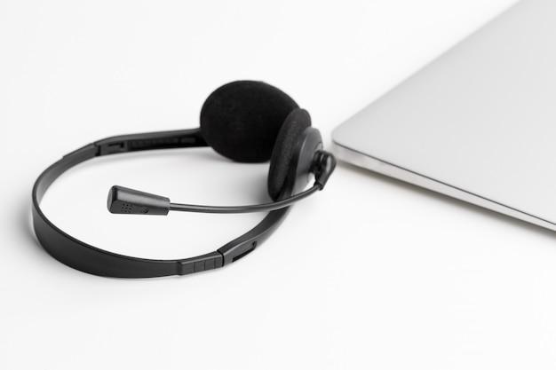 Headset und computer laptop, call center unterstützung