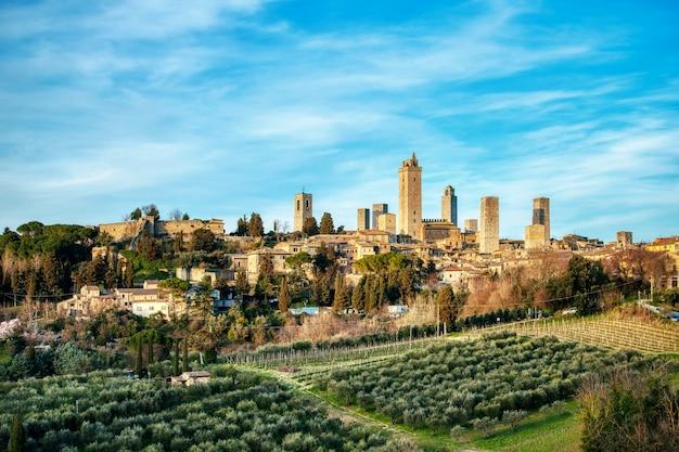 Heiliger gimignano. mittelalterliche stadt in der toskana italien. nannte das manhattan des mittelalters