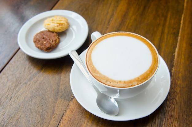 Heißer kaffee latte