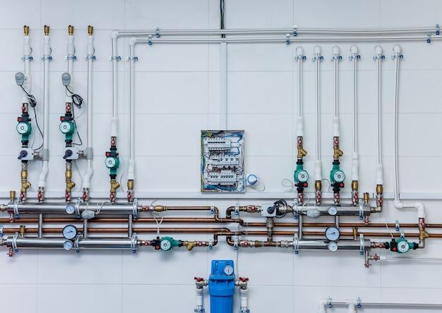 Heizraumausstattung für moderne heizungsanlagen