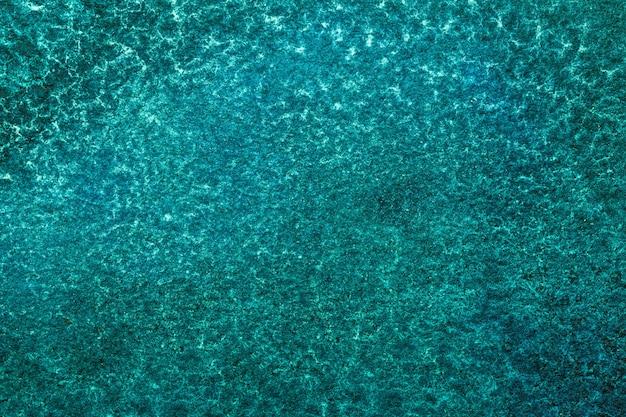 Hellblau und türkis. aquarellmalerei auf leinwand mit smaragdverlauf.