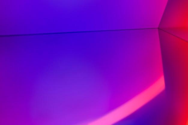 Heller hintergrund mit sonnenuntergangsprojektorlampe
