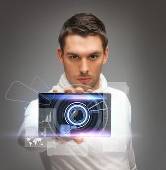 Helles bild eines futuristischen mannes mit gadget