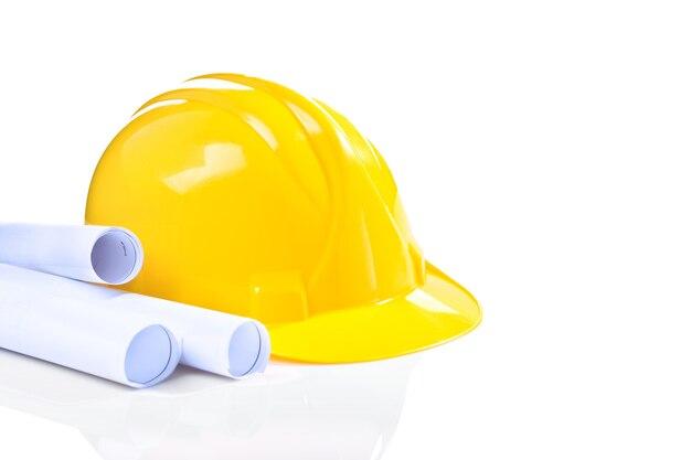 Helm mit blaupausen isoliert
