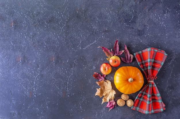 Herbst erntefest und erntedankfest tischdekoration