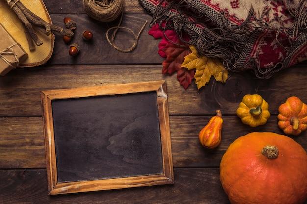 Herbstanordnung mit tafelrahmen