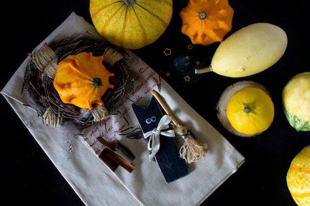 Herbstkürbis am halloween-tag