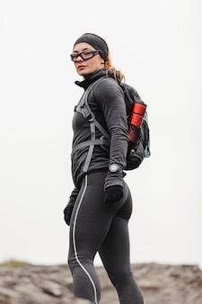 Herbstlauf im freien workout seitenansicht