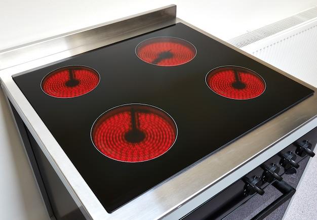 Herd in einer modernen küche