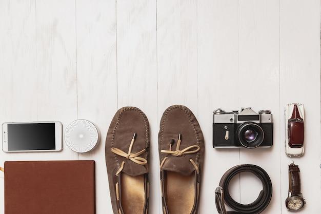 Herren blogger oder reisende zubehör eingestellt