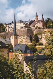 Herrlicher blick über die altstadt von luxemburg