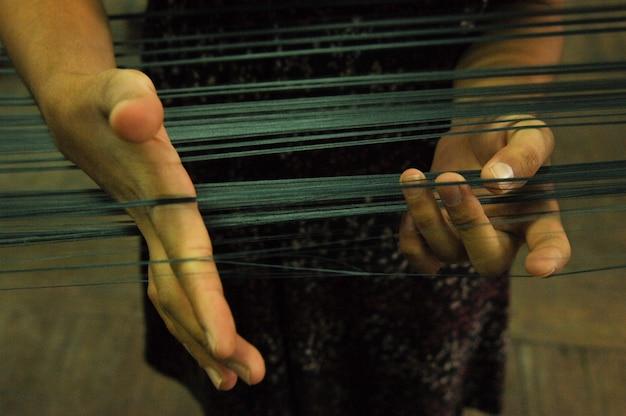 Herstellung und weben von teppichen und stoffen