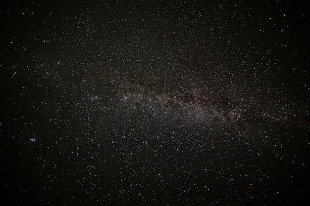 Hervorragende schönheit und klarheit der milchstraße