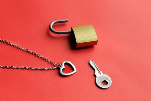 Herz und schlüssel