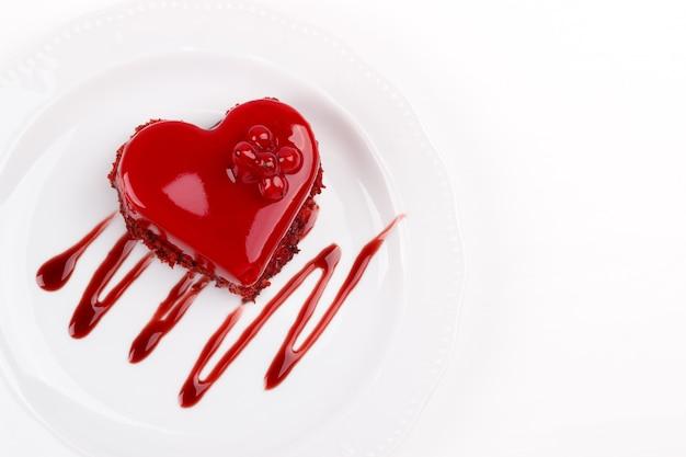 Herzförmiger kuchen