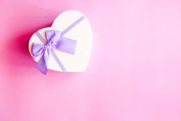 Herzförmiges geschenk