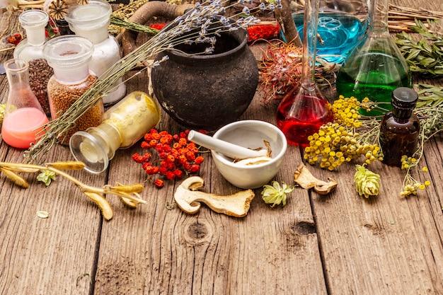 Hexenlabor. alchemistische ausrüstung, halloween-konzept