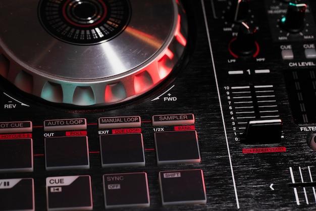 High angle professionelle dj-ausrüstung