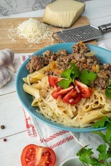 High angle zusammensetzung von köstlichen speisen und zutaten