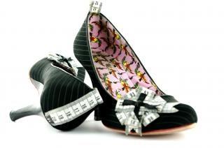 High heels, noir