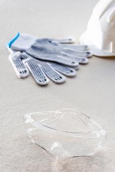 High view handschuhe und schutzbrille
