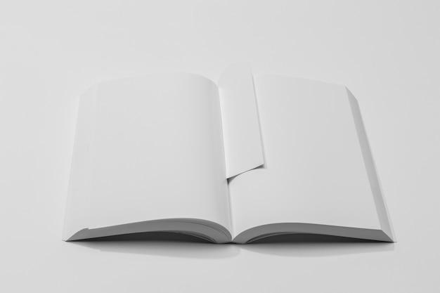 High view white copy space book und lesezeichen