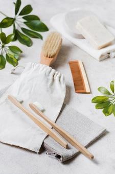 High view zahnbürsten und natürliche haarbürste