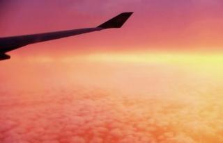 Himmel und wolken aus dem flugzeug