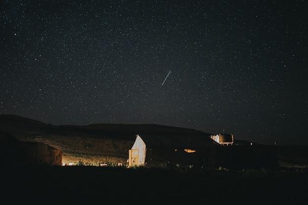 Himmel voller sterne in der wüste von merzouga