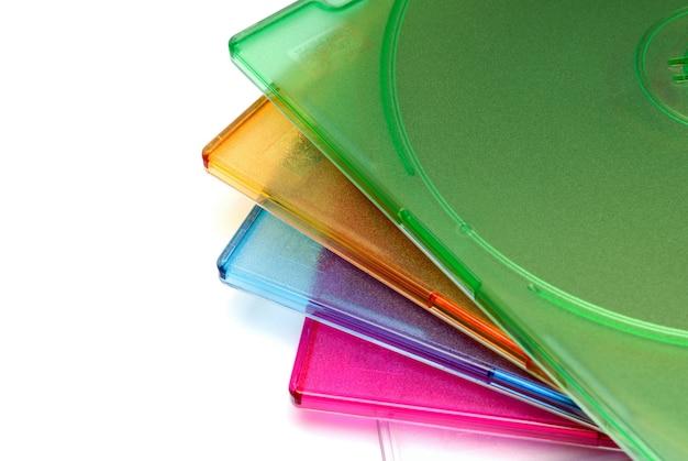 Hintergründe-sammlung - boxen einer box für eine cd einer diskette auf weißem hintergrund