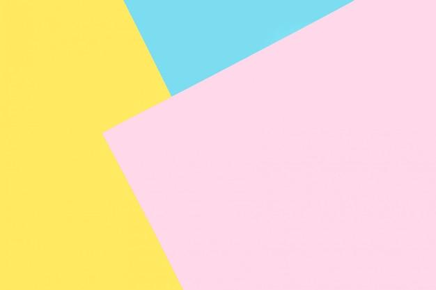 Hintergrund der blauen, rosa, gelben papiere. geometrischer, minimaler hintergrund in pastellfarben