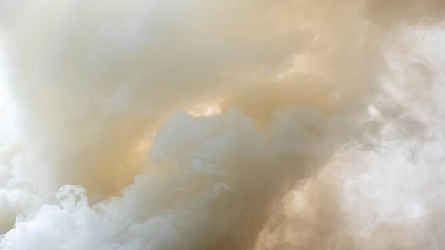 Hintergrund des weißen rauches, des nebels oder des rauchhintergrundes, abstrakter hintergrund des smogs