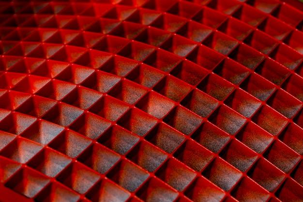 Hintergrund mit geometrischen formen der abstrakten form im rot