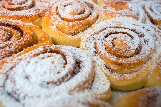 Hintergrund von köstlichen frischen brötchen cinnabon