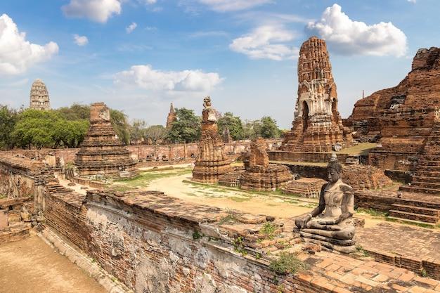 Historischer park von ayutthaya in ayutthaya, thailand