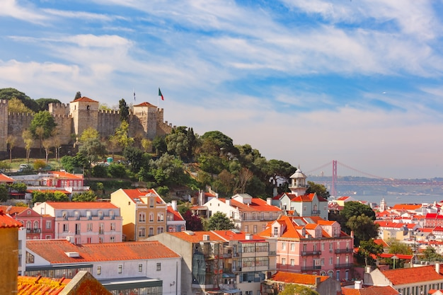 Historisches zentrum von lissabon am sonnigen tag, portugal