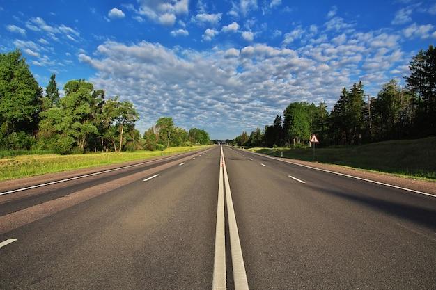 Hochgeschwindigkeitsstraße in weißrussland
