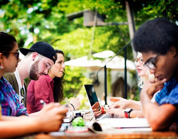 Hochschulkommunikations - bildungs - planung, die konzept studiert