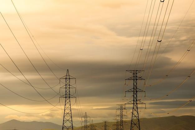 Hochspannungs-elektropolstruktur