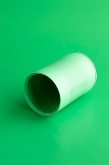 Hochwinkel grüne runde blechdose