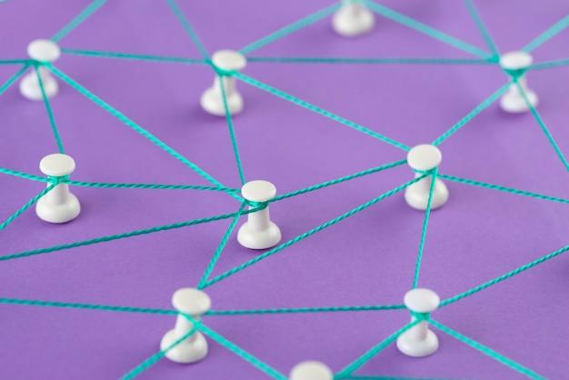 Hochwinkel-netzwerkkonzept mit gewinde