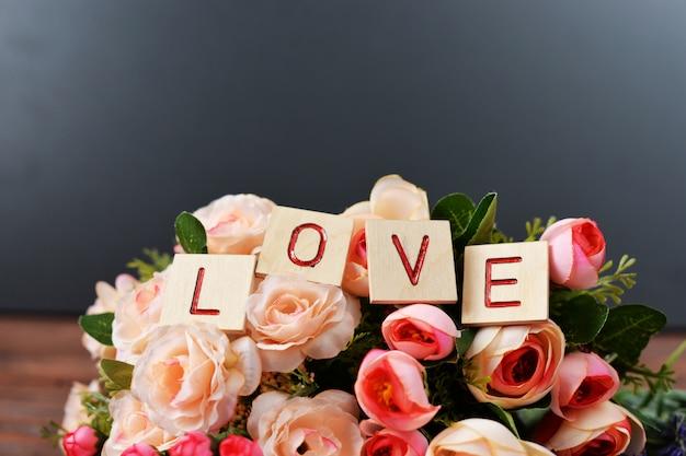 Hochzeit schöner blumenstrauß der braut aus rosen